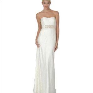 BRAND NEW beautiful Lace wedding dress